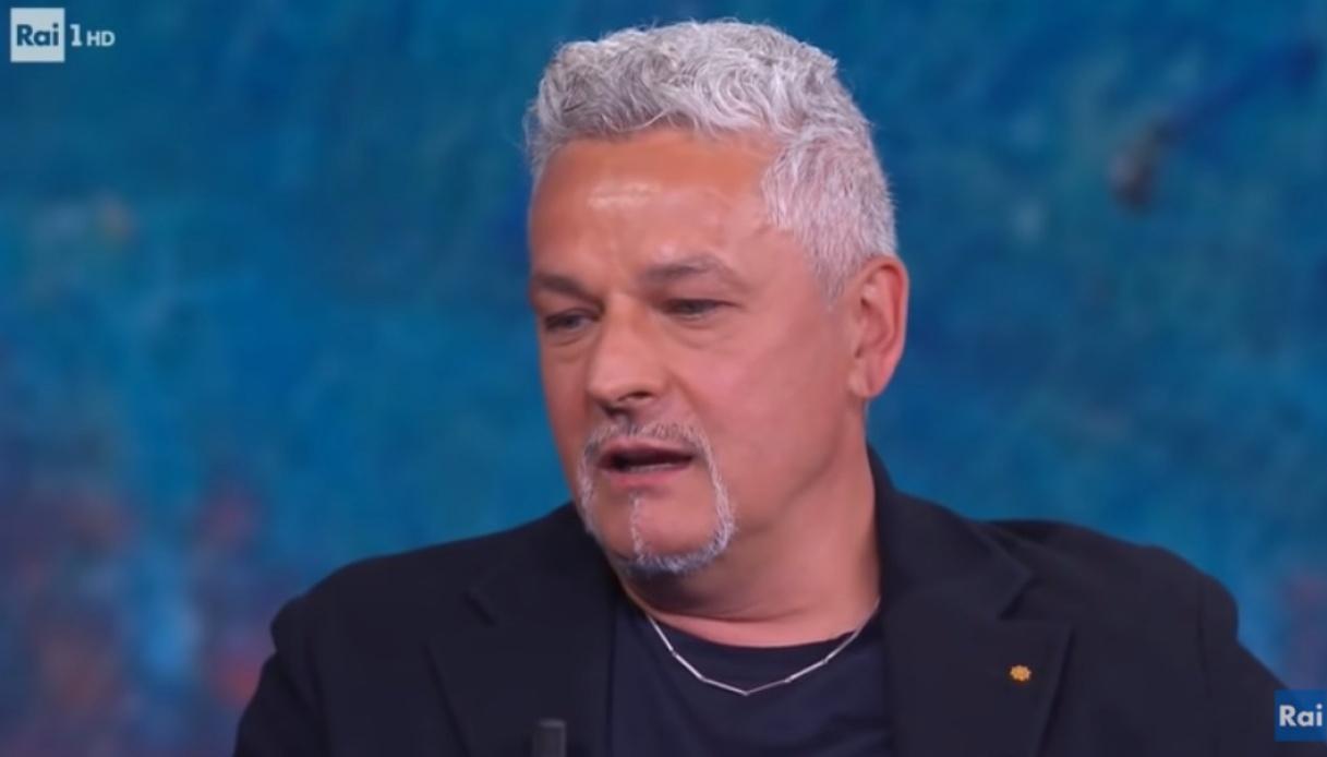 Roberto Baggio piange la morte di Maradona