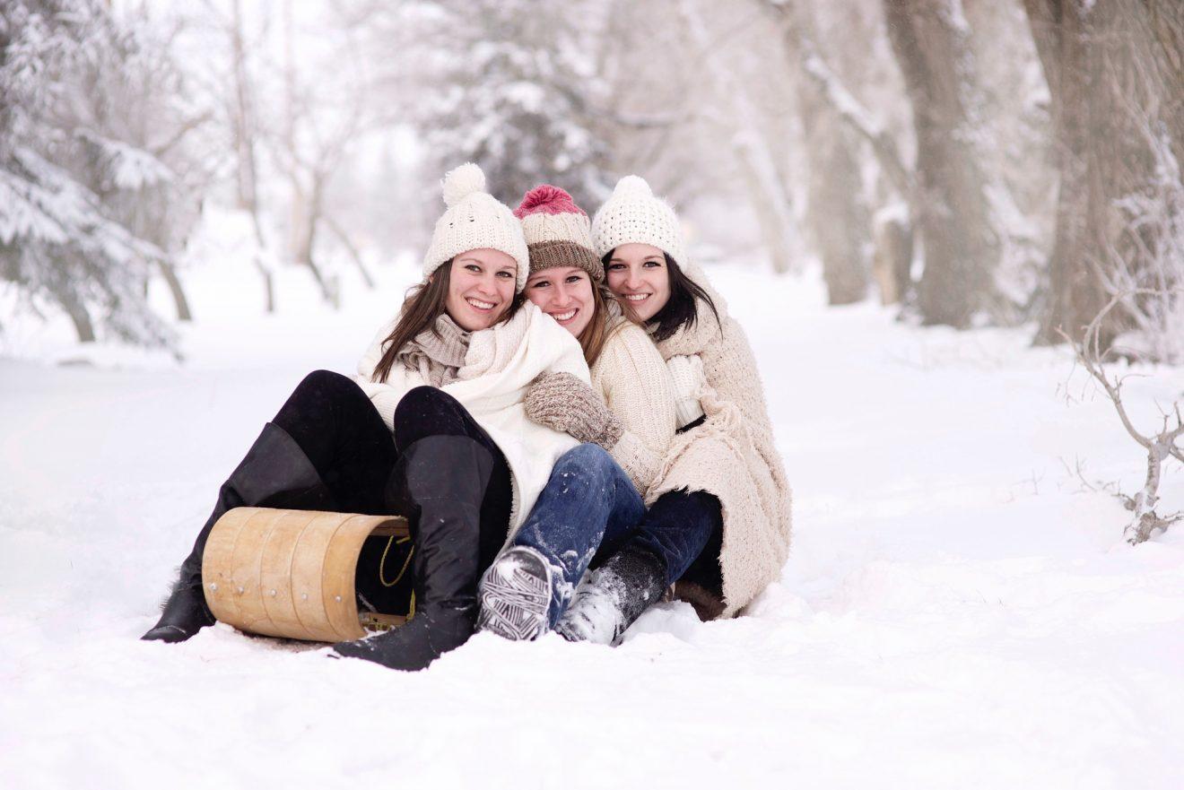 attività invernali all'aperto con la famiglia