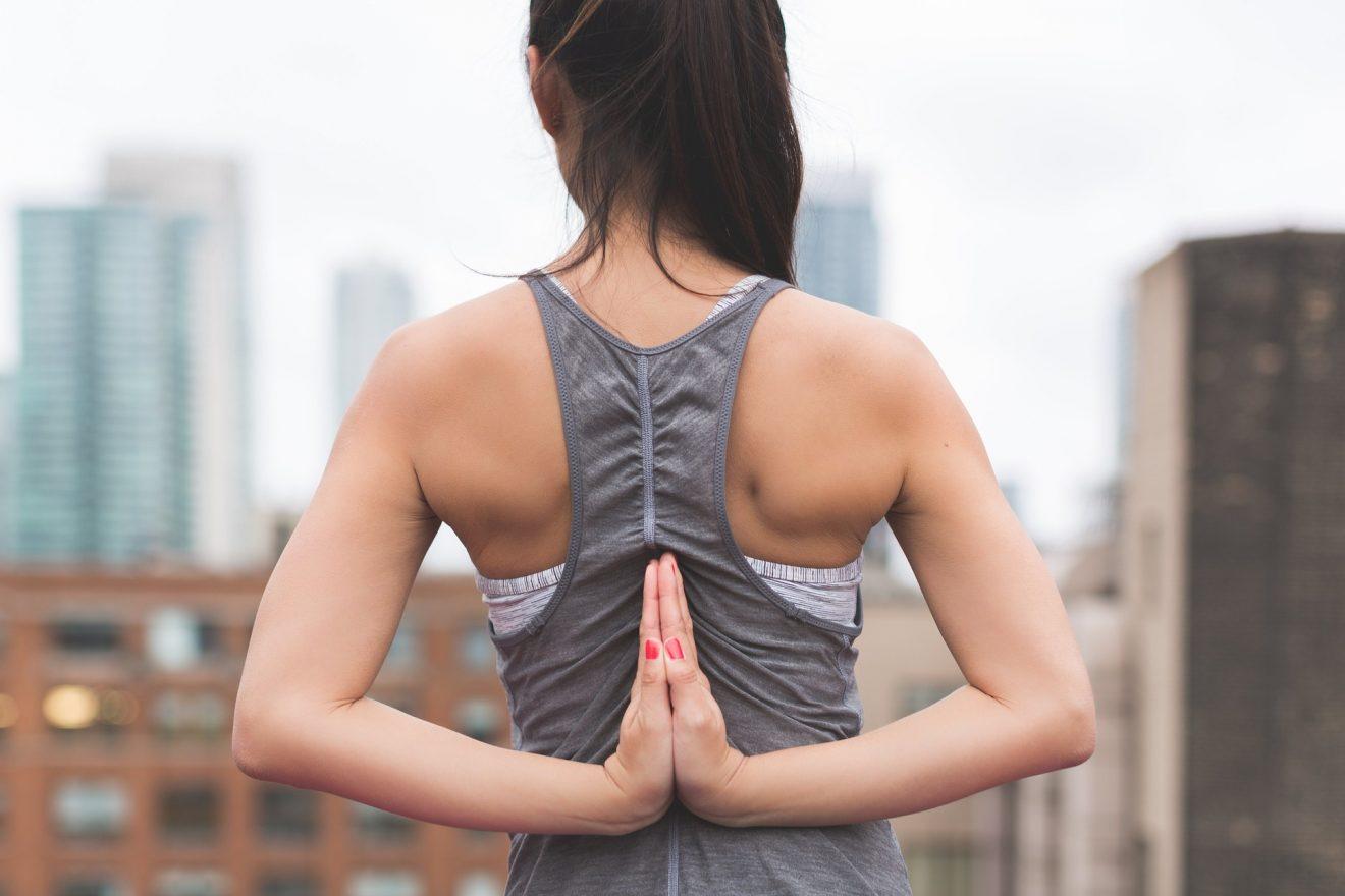 come prevenire gli infortuni yoga