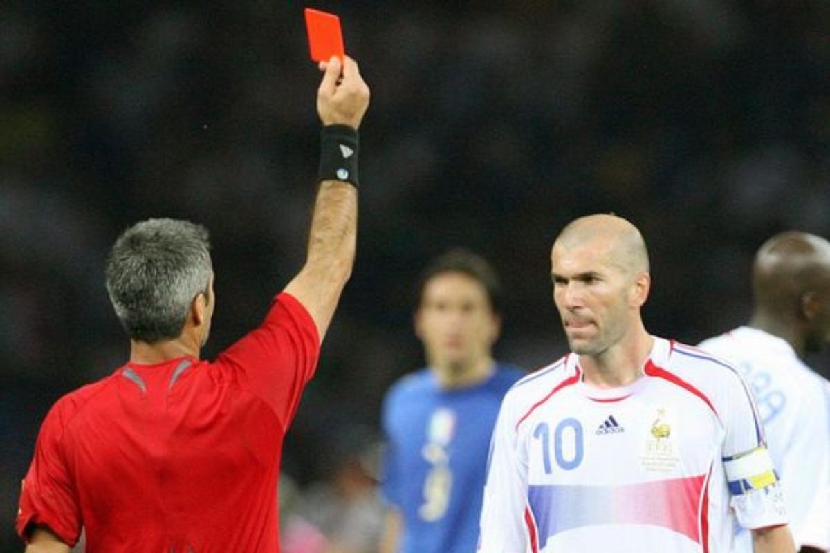 Le espulsioni più famose della storia del calcio: da Zidane a Messi