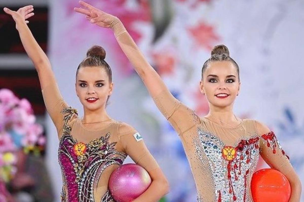 la storia delle gemelle averina
