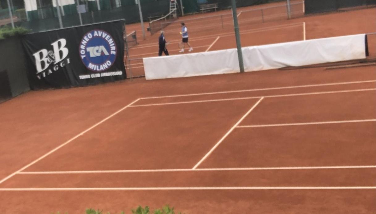 Tennis, stop Djokovic fino ai tornei su terra rossa