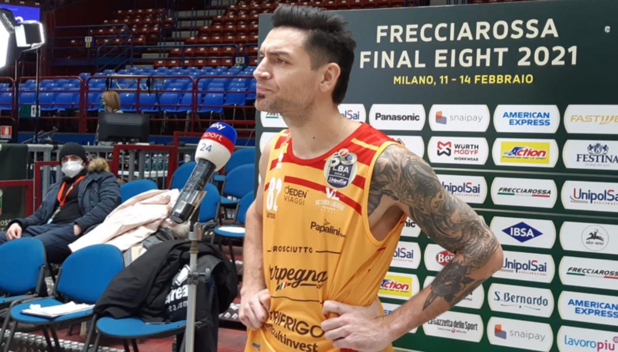 Delfino si lega a Pesaro per altre due stagioni