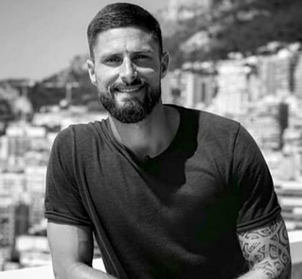Chi è Oliver Giroud, il nuovo bomber del Milan