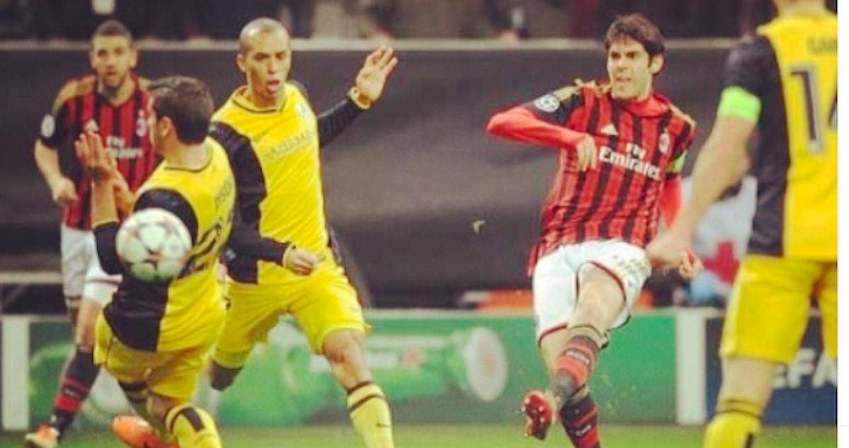 Kaká al tiro contro l'Atletico